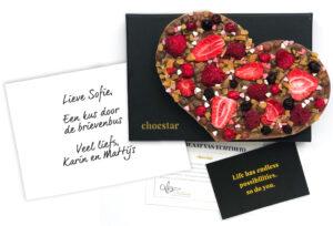 chocolade-cadeau-verrassing-door-de-brievenbus-hart