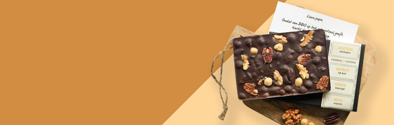 Gepersonaliseerde chocolade cadeaus laten bezorgen en versturen per post voor Vaderdag