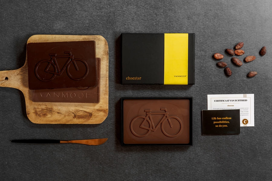 Custom chocoladevormen, logo's, beeldmerken in chocolade