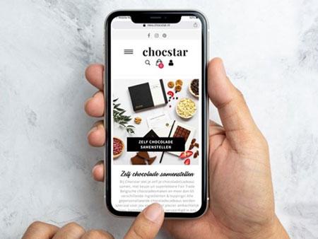 Een foto van de mobiele website van Chocstar